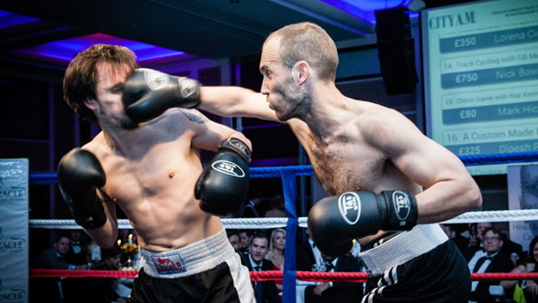 oracle_chessboxing01